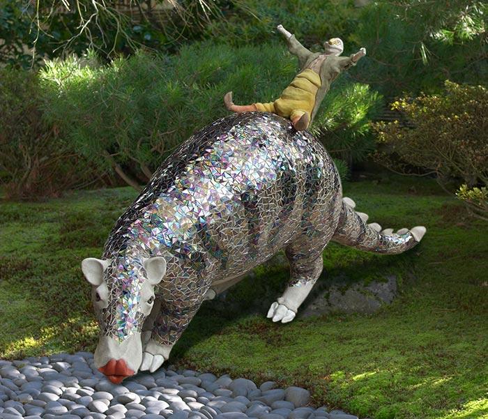 Norton & the Kissasauras